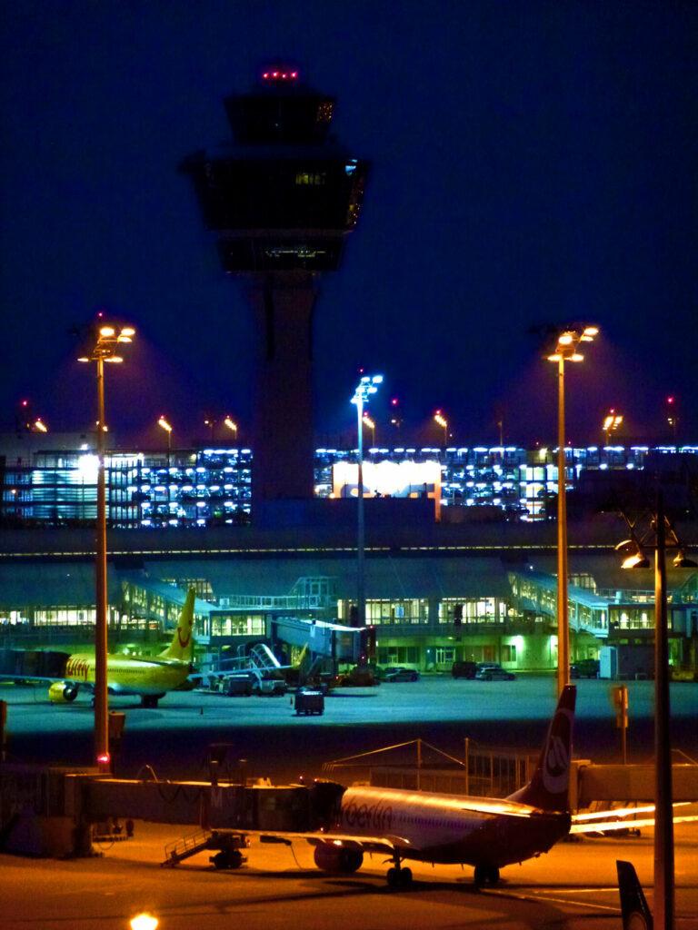 Flughafen MUC - frühmorgens